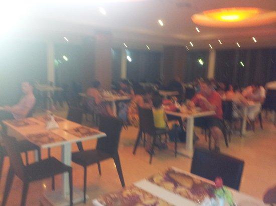 Lomeniz Hotel: ristorante