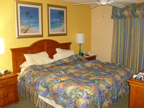 The Resort on Cocoa Beach: Master Suite