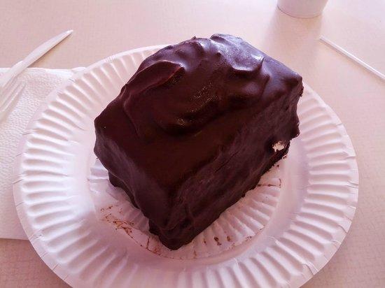 New York West Pastry & Bake: The Devil Dog