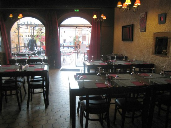 Le Rochefort, Saint-Genis-Laval - Restaurant Reviews, Phone Number ...