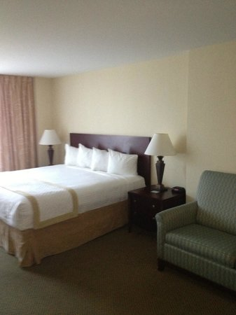 Morgantown Marriott at Waterfront Place : Beds