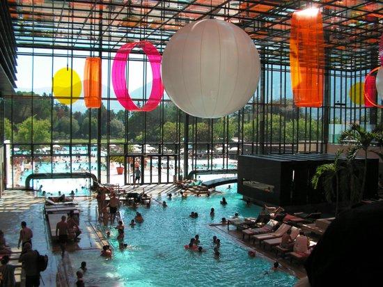 Piscine acqua e cloro picture of terme merano merano for Cloro nelle piscine