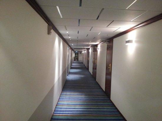 Alexandra Hotel: Låååång korridor