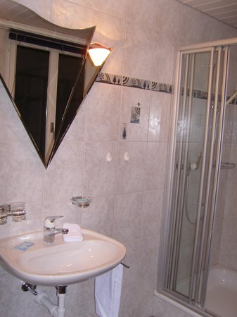 Gasthof Sonne: Salle des bains