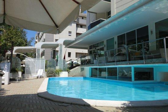 Hotel Patrizia & Residenza: Piscine_2