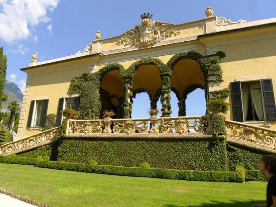 Villa del Balbianello: Garden View of Entry