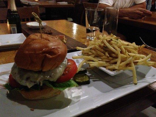 Leroy's Kitchen + Lounge: Leroy's Burger