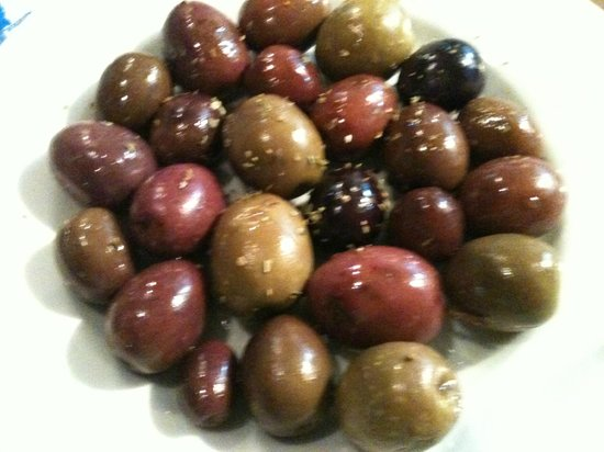 Savas: Les olives pour le ouzo