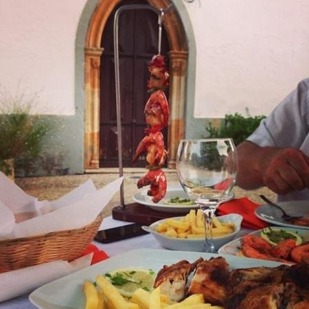 Da Anas: dining Al Fesco