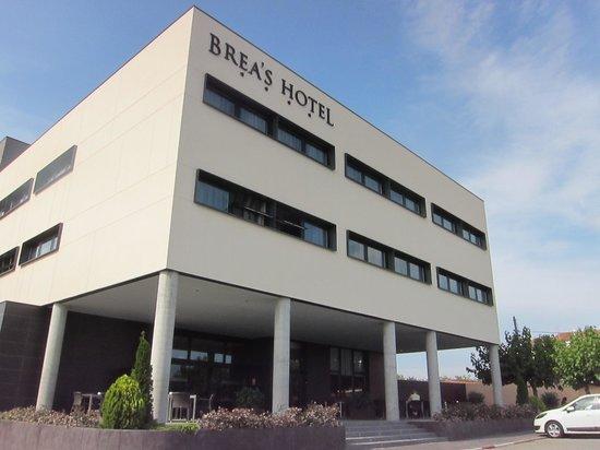 Brea's Hotel: Hotel Entrance