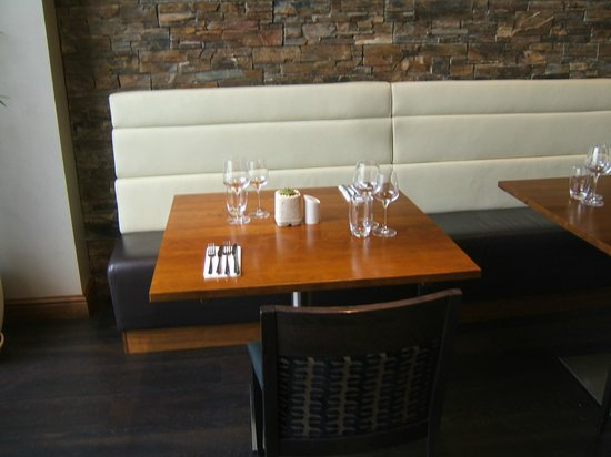 Salt Bar & Kitchen: Table set for two and romance