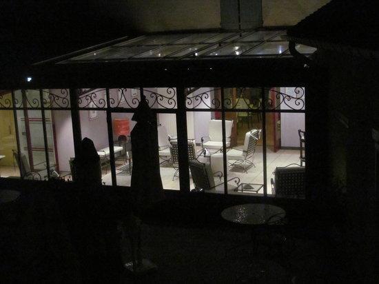 Auberge du Lac : Bar Interno