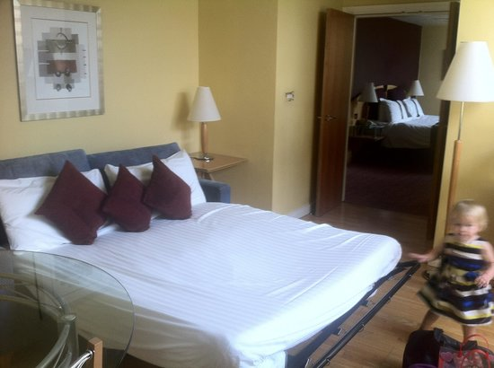 Holiday Inn Ellesmere / Cheshire Oaks: The bed!