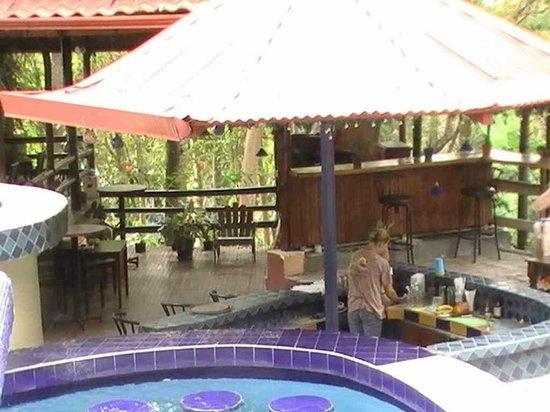Hotel La Colina: Le bar de la piscine