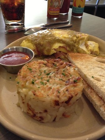 Snooze an A.M. Eatery: omelet... yum