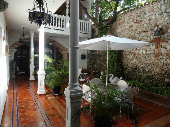 Hotel Casa Baluarte : patio central