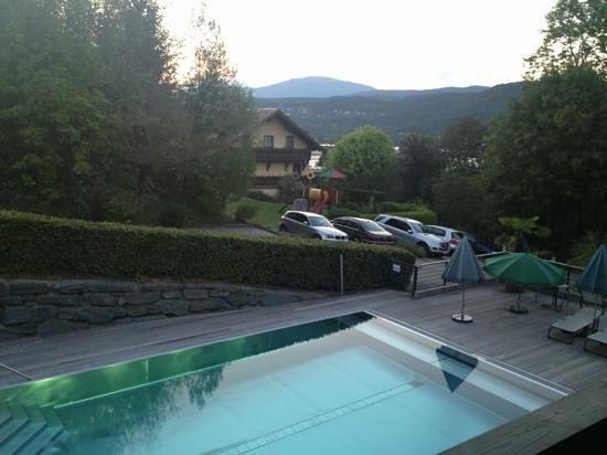 Erlenheim : piscina esterna