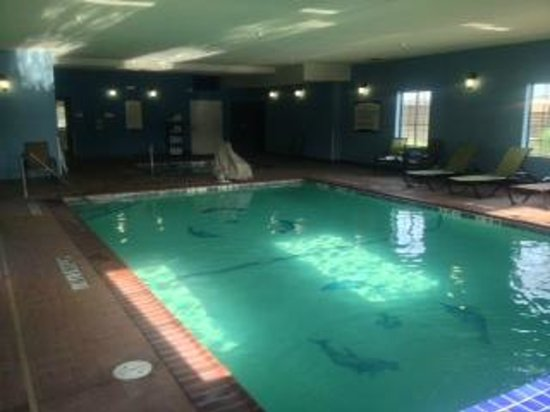 Staybridge Suites Amarillo-Western Crossing: Pool and Hot tub