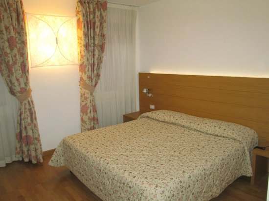 Hotel Romanda : Camera standard