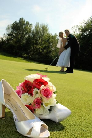 Forest Golf and Country Hotel: Wedding pics on the course