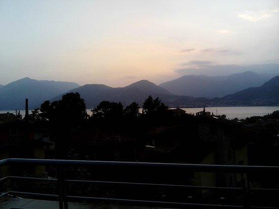 Hotel La Pieve di Pisogne: panormana dal terrazzino