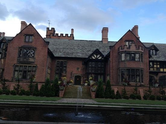 Stan Hywet Hall and Gardens : manor house
