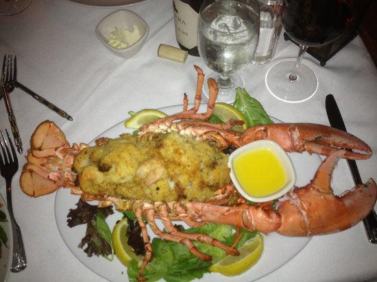 Old Yarmouth Inn: The best Baked Stuffed Lobster.