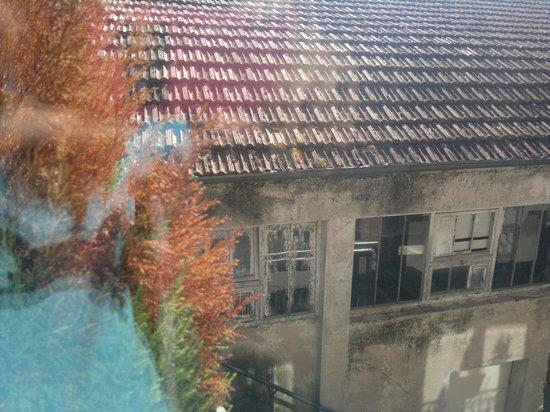 Cangrande Hotel: meglio chiudere le tende