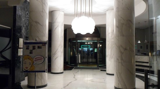 Best Western Plus Hotel Universo: Lobby.