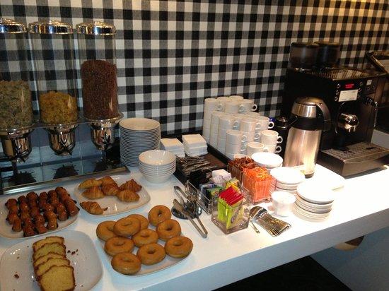Hotel Clarin: buffet prima colazione