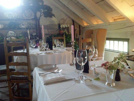 Sharpe Hill Vineyard : Dining Room