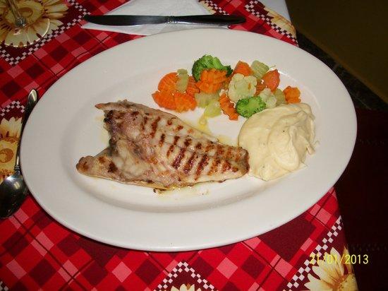 Restaurante El Patio: excellent fish filet