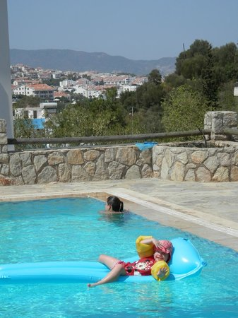 Villa Tokur : views from pool