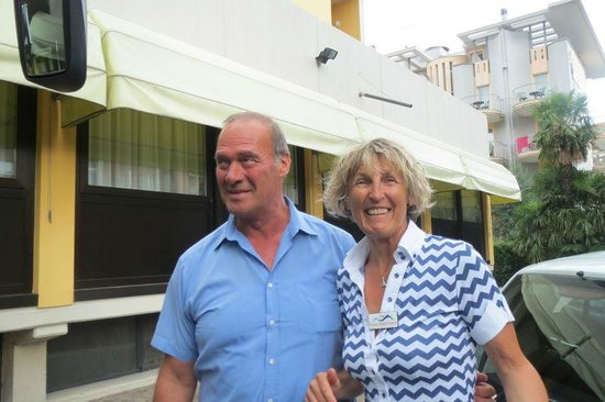 Hotel Gardesana: Laura & Mario - our Travel Department guide & driver