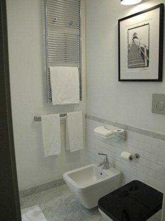 Excelsior Congress, Spa & Lido: Banheiro design