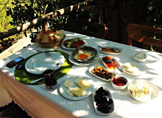 Oz Garden: köy kahvaltısı