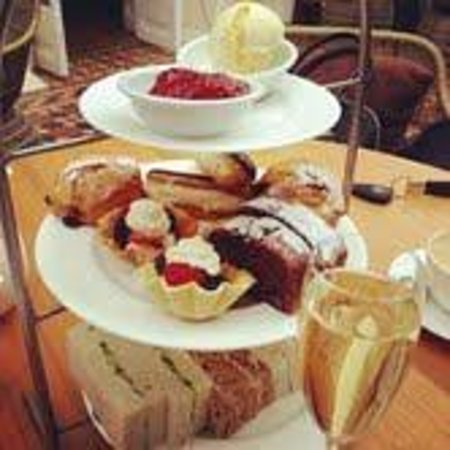 The Montpellier Chapter Hotel: Afternoon Tea