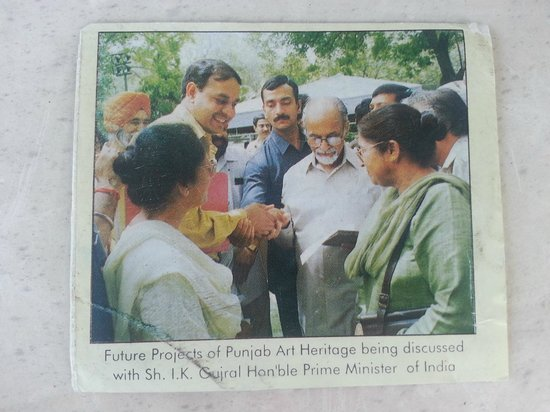 Paul Chhabra ( Owner of Rajput) meeting with Hon'ble Prime Minister,Sh.I.K.Gujral