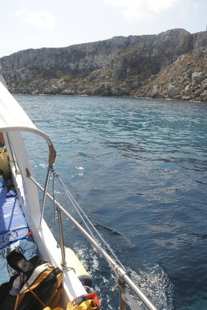 Favignana in Barca Con Salvo : vista dalla barca