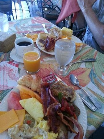 Ka Anapali Beach Hotel Buffet Breakfast