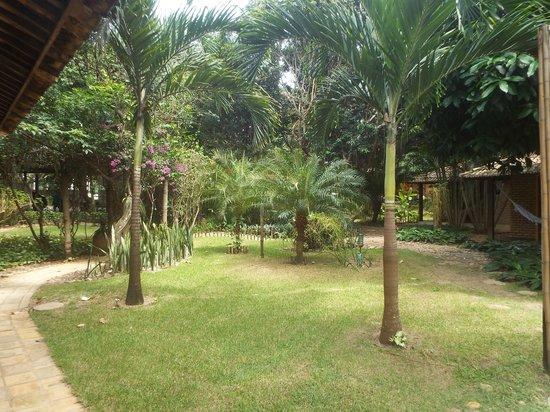 Pousada Berro do Jeguy: Jardins