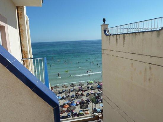 Hotel JS Horitzo: Blick vomBalkon