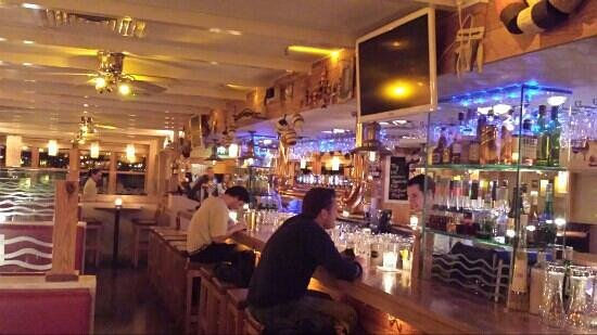 Blue Bar: The restaurant center