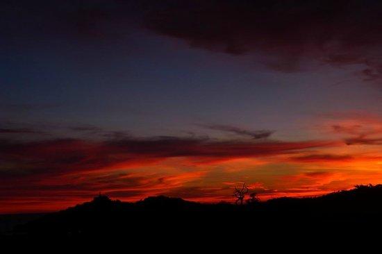 "Casa De Olas : your ""Average"" sunset"