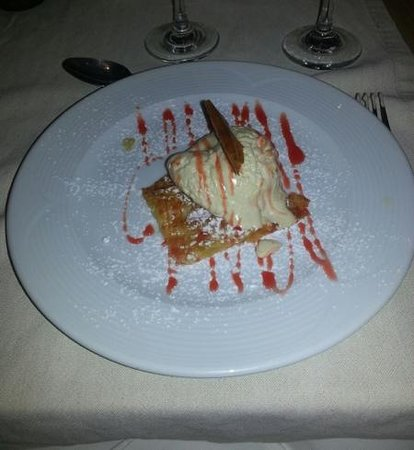 Mayor La Grotta Verde Grand Resort: Yummee desert in the A La Carte Restaurant.
