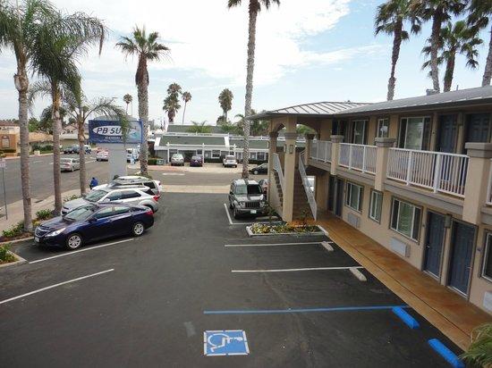 PB Surf Beachside Inn: Free Parking