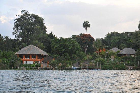 Hotel and Restaurant Bambu: Hotel Bambú desde el Lago Atitlán