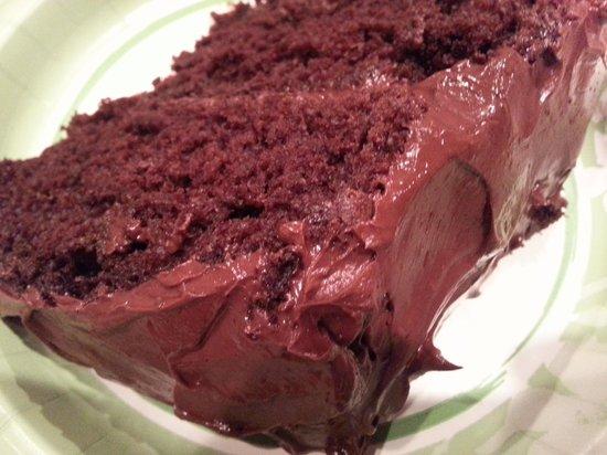 Sugar Nymphs Bistro: Amazing chocolate cake - light and moist