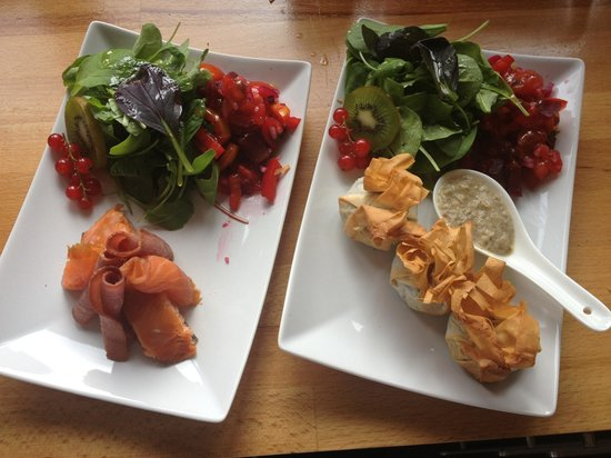 MacKenzies': Surf and turf and haggis filo parcels
