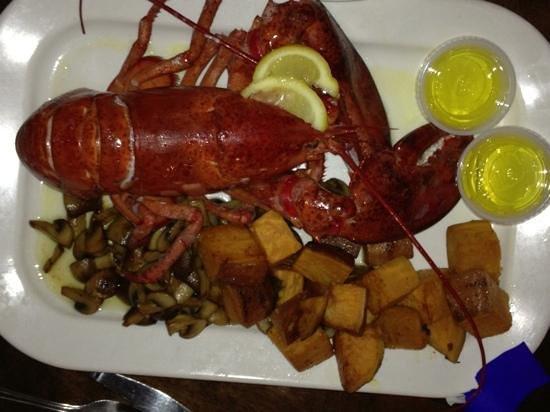 Ballard's : 2lb lobster!!